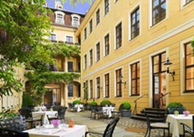 barocker Innenhof heute