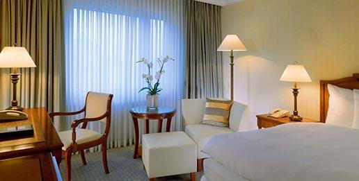 Westin-Bellevue-Dresden-Classic-Zimmer