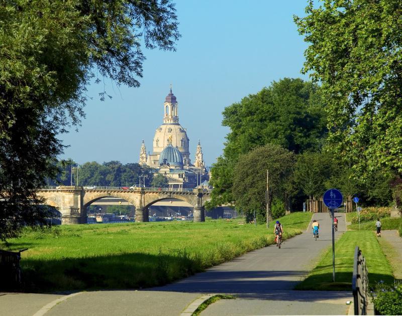 Sehenswürdigkeiten in Dresden -  Der Elberadweg