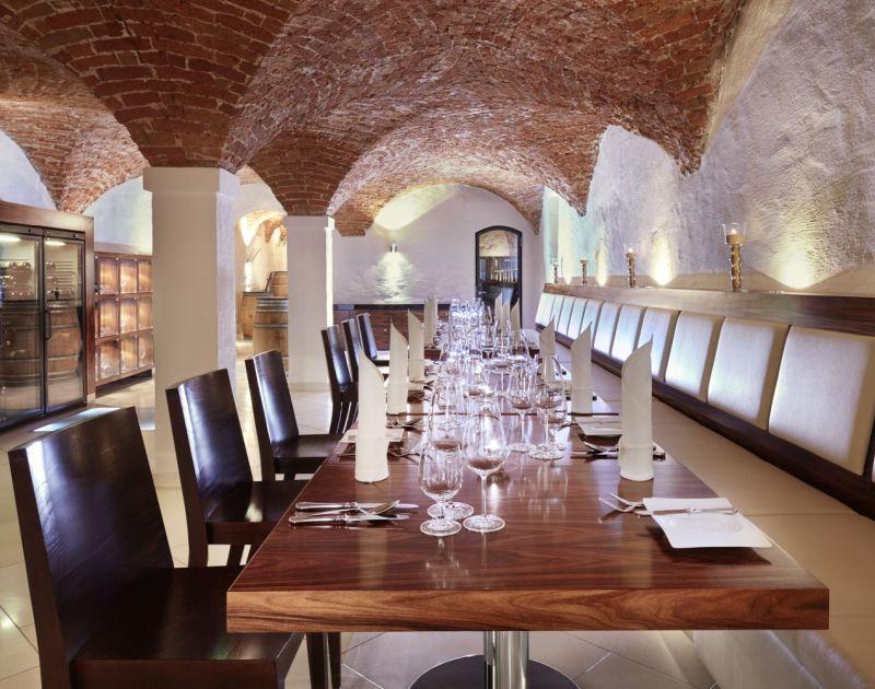 Wijnbar Vinothek in het Bellevue Dresden