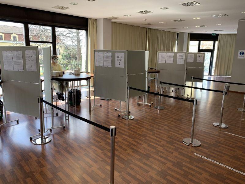 Testzentrum im Salon Elbterrasse | Bilderberg Bellevue Hotel Dresden